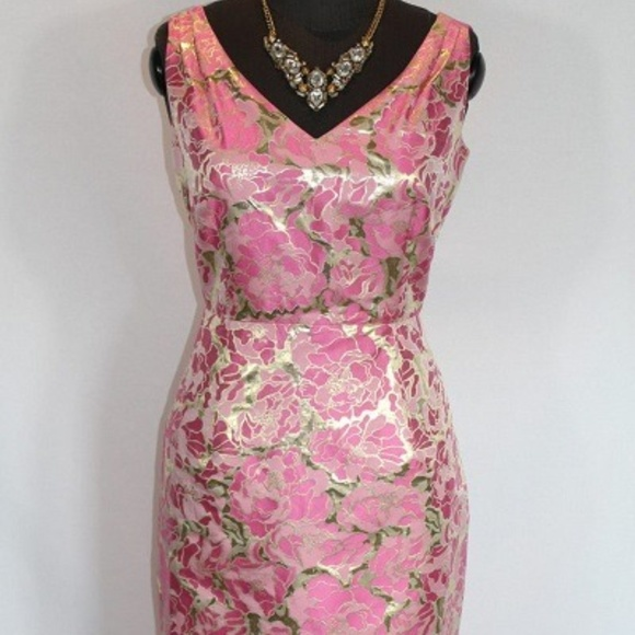 Lilly Pulitzer Dresses & Skirts - Lilly Pulitzer Pink and Gold Sheath Dress